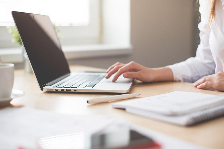 Smart working: cosa significa e cosa serve per lavorare da casa.